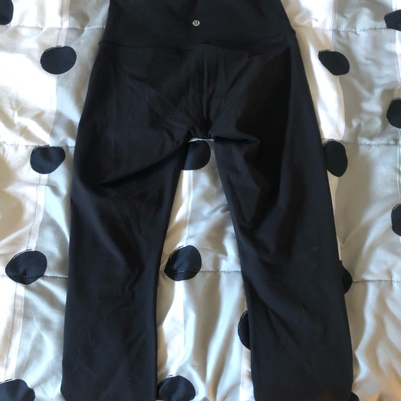 Lululemon mid-rise leggings